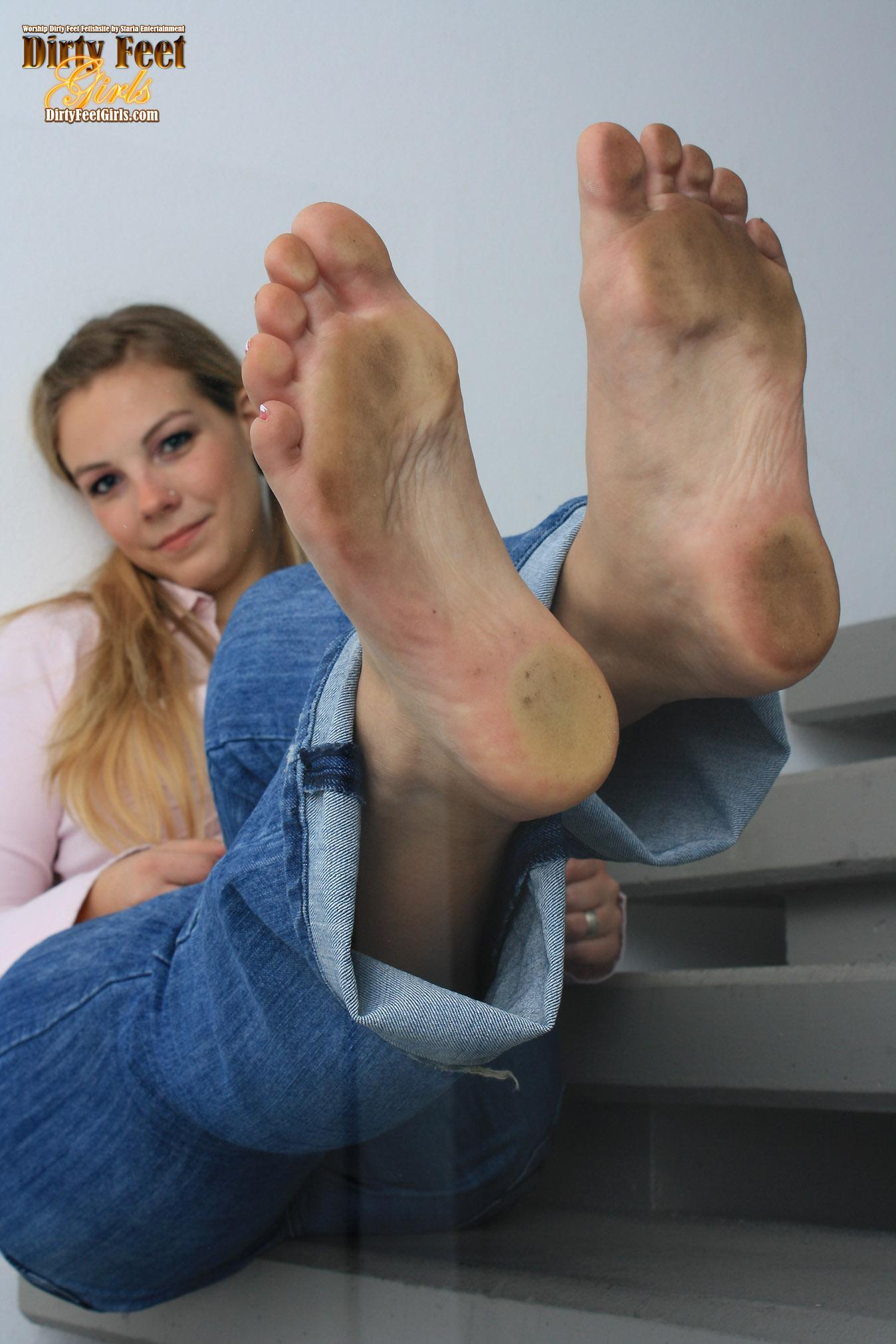 High school feet — pic 10